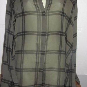 Women's a.n.a size Large Gray and Black blouse